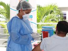 Comfenalco apoya campaña de vacunación contra la COVID-19