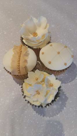 Chris gold cupcakes.jpg