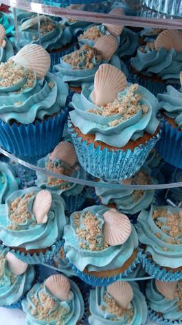 Shell cupcakes.jpg