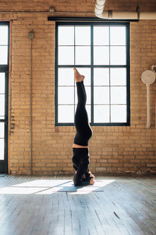 Kate(Yoga)_5035-Web.jpg
