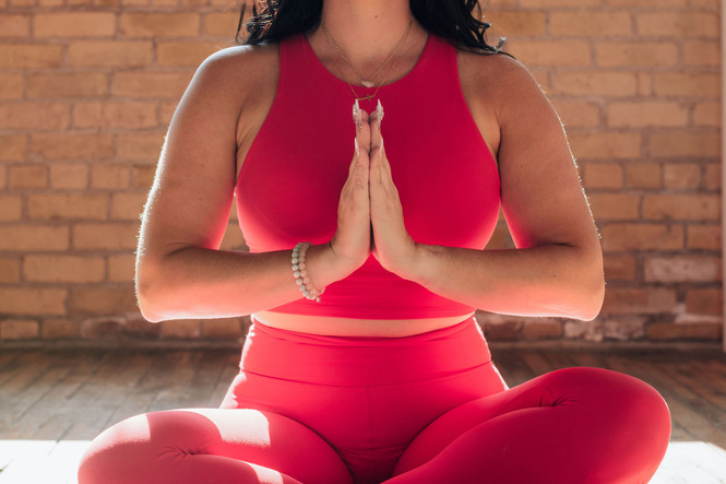 Kate(Yoga)_4305-Web.jpg