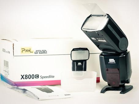 Review - Pixel HK X800C Speedlite