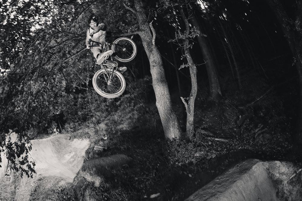 Catern Trails Jam BMX 2015: Turn Down black and white Sportfotografie bastianpaas.de