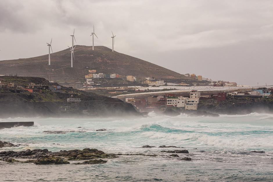 Der sehr konstante Nordost-Passatwind macht die Nordküste Gran Canarias zu einem Gunststandort für Windkraft.