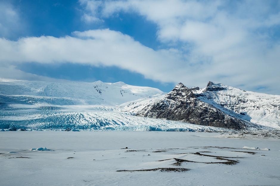 Island: Eine weitere Gletscherzunge die fast bis ans Meer reicht, aber eben nur fast.