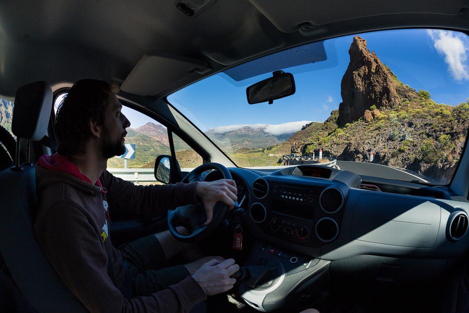 """Auf dem Weg zum Startpunkt im Dorf """"San Bartolome de Tirajana"""" für die Große Gipfeltour hoch auf das Dach der Insel."""