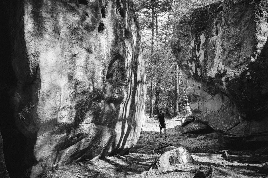 Imposante Blöcke: Bouldern Fontainebelau bastianpaas.de