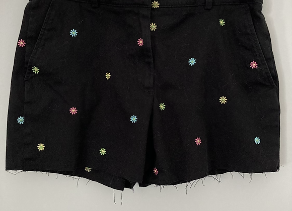 Embroidered Daisy Zip Front Shorts
