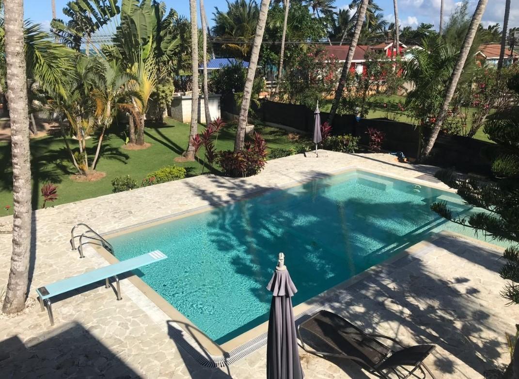 piscina privada 3