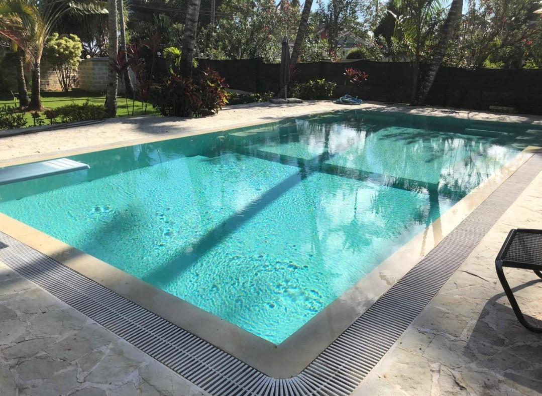 piscina privada 5