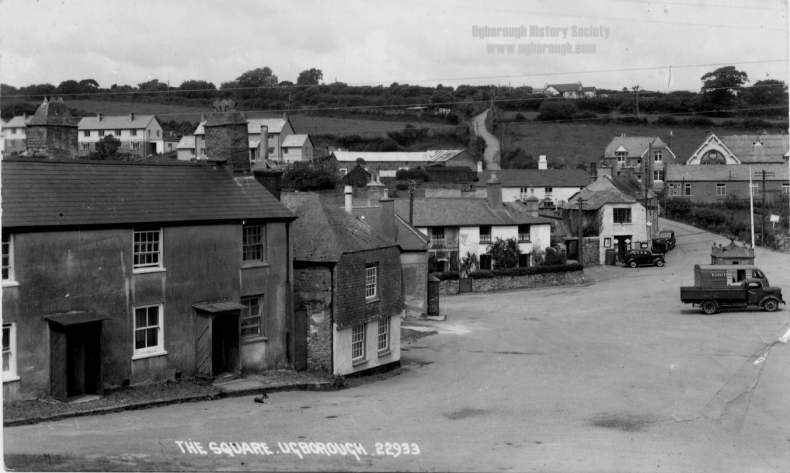 middle The Square, Ugborough 2.jpg