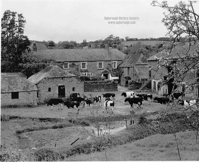middleWare Farm 1974.jpg
