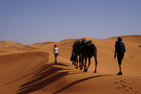 Trekking na Sahaře