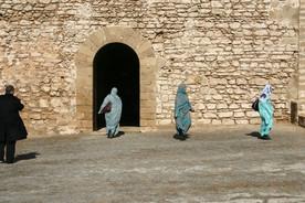 Ženy v tradičním jižanském obleku