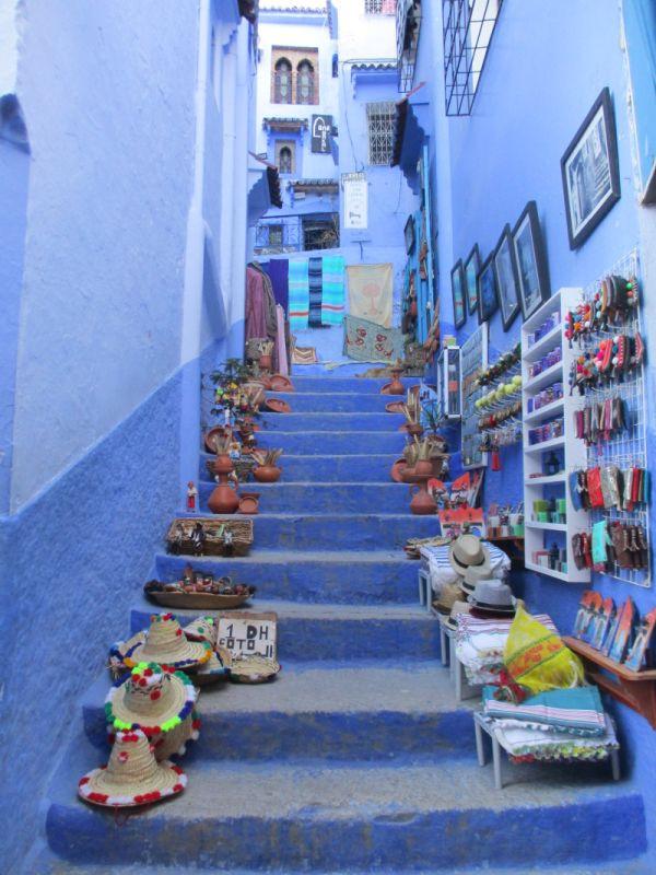 schody obložené suvenýry