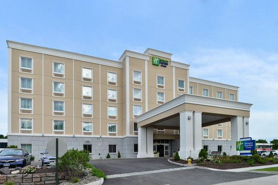 Holiday Inn Express & Suites, Peekskill NY