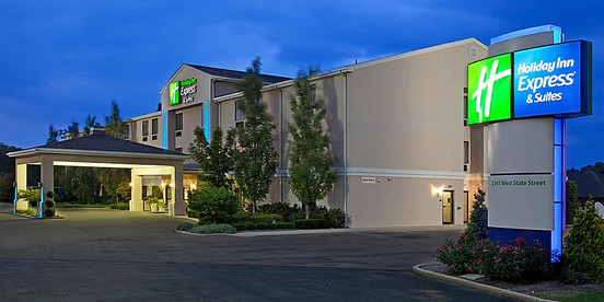 Holiday Inn Express & Suites Alliance OH
