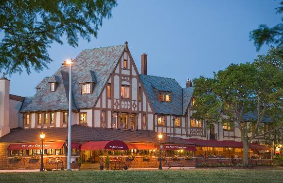 The Red Coach Inn, Niagara Falls NY