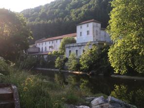 Le Moulinage de Chirols : pôle d'expérimentation culturelle, sociale et écologique