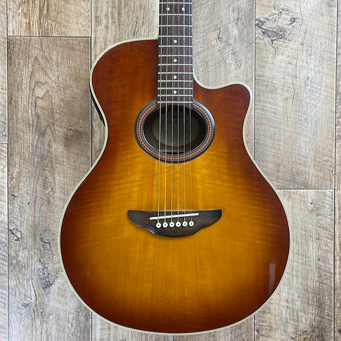 Yamaha APX4a Special - Pre-Owned