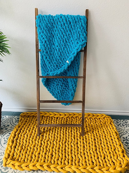 Chunky Chenille SC Blankets Deluxe