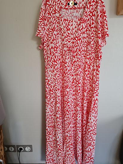 Robe longue rouge et blanche