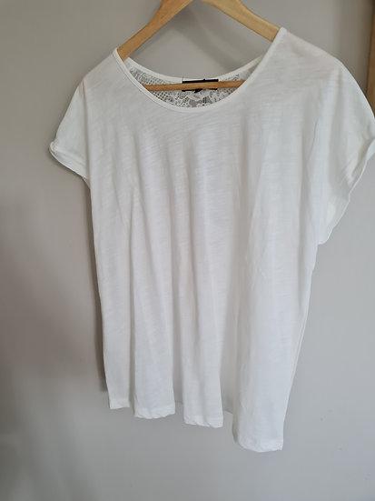 Tee shirt blanc dentelle dos