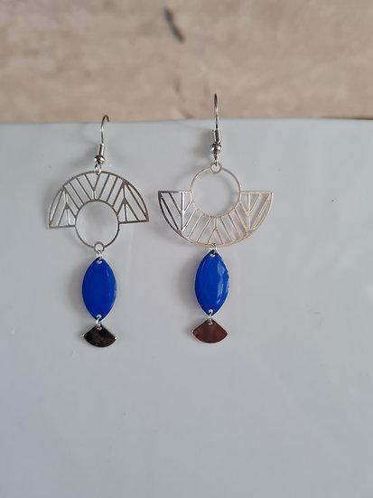 Boucles d'oreilles asymétriques bleu roi