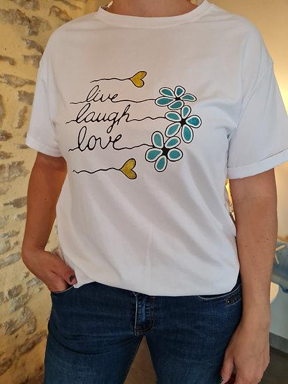 Tee shirt Live Laugh love