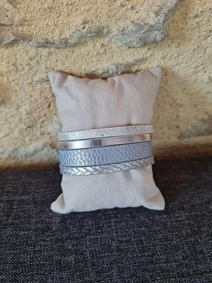 Bracelet , manchette blanc et argent