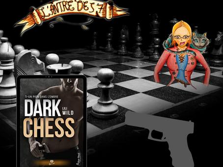 Dark Chess ~ Tome 1 : un pion dans l'ombre écrit par Lili Wild