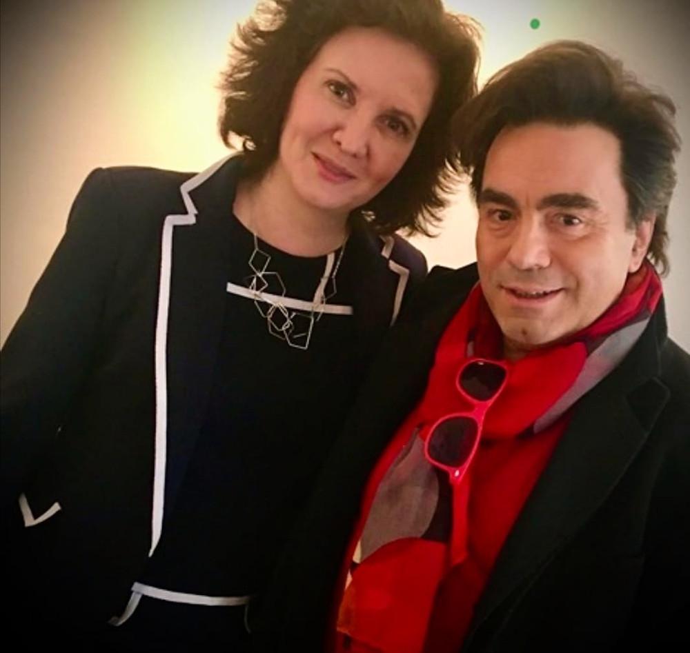 Pause complice entre Florence Bouvrot et Frédéric Longbois (The Voice) avant le tournage de Cour des Artistes - Spéciale Chanson française chez Aligre FM