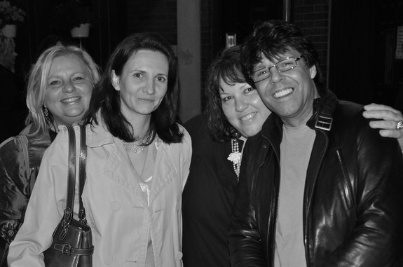 Florence Bouvrot, Whitney Burr, Kasim Sulton - Chicago