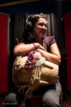 Lambuley singer songwriter cantautora colombia musica alegre currulao salsa colombiana guabina llanera currulao marimba cununo guasa tambora timba congas latina grabación rock pop fusión