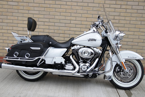 Harley-Davidson Road King Classic FLHRC