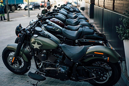 Softail Slim look of classic old-school custom motorcycle with the stump-pulling torque of a modern V-Twin
