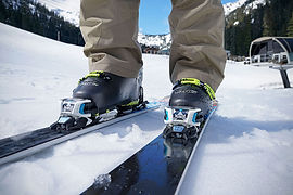 Ski Bindings (toe piece).jpg