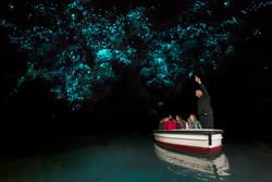 Waitomo Glowworm Caves 1516 NZ Boat with Glowworms