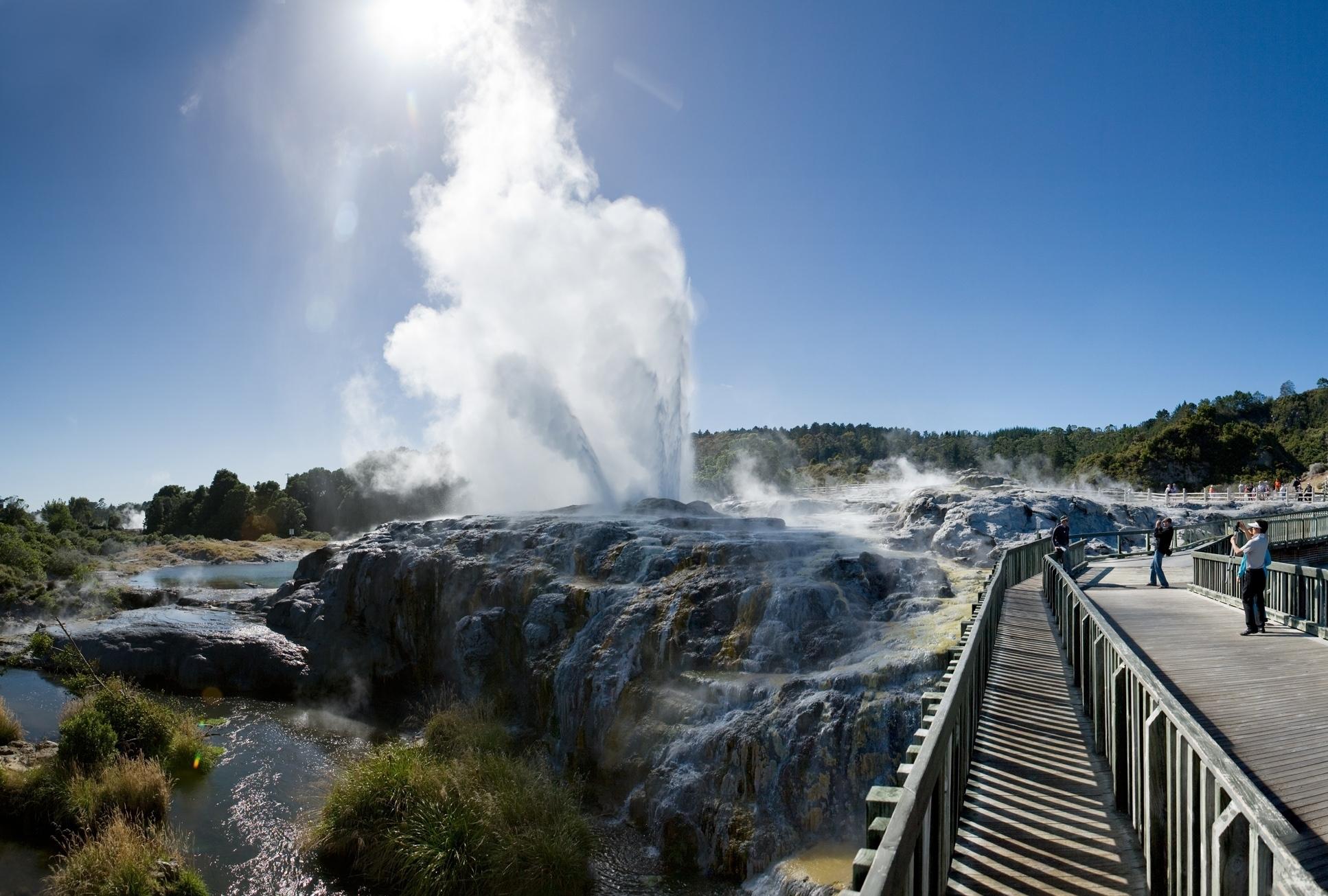 Geothermal Valley (1)