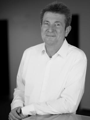 Dr. Stefan Krappen