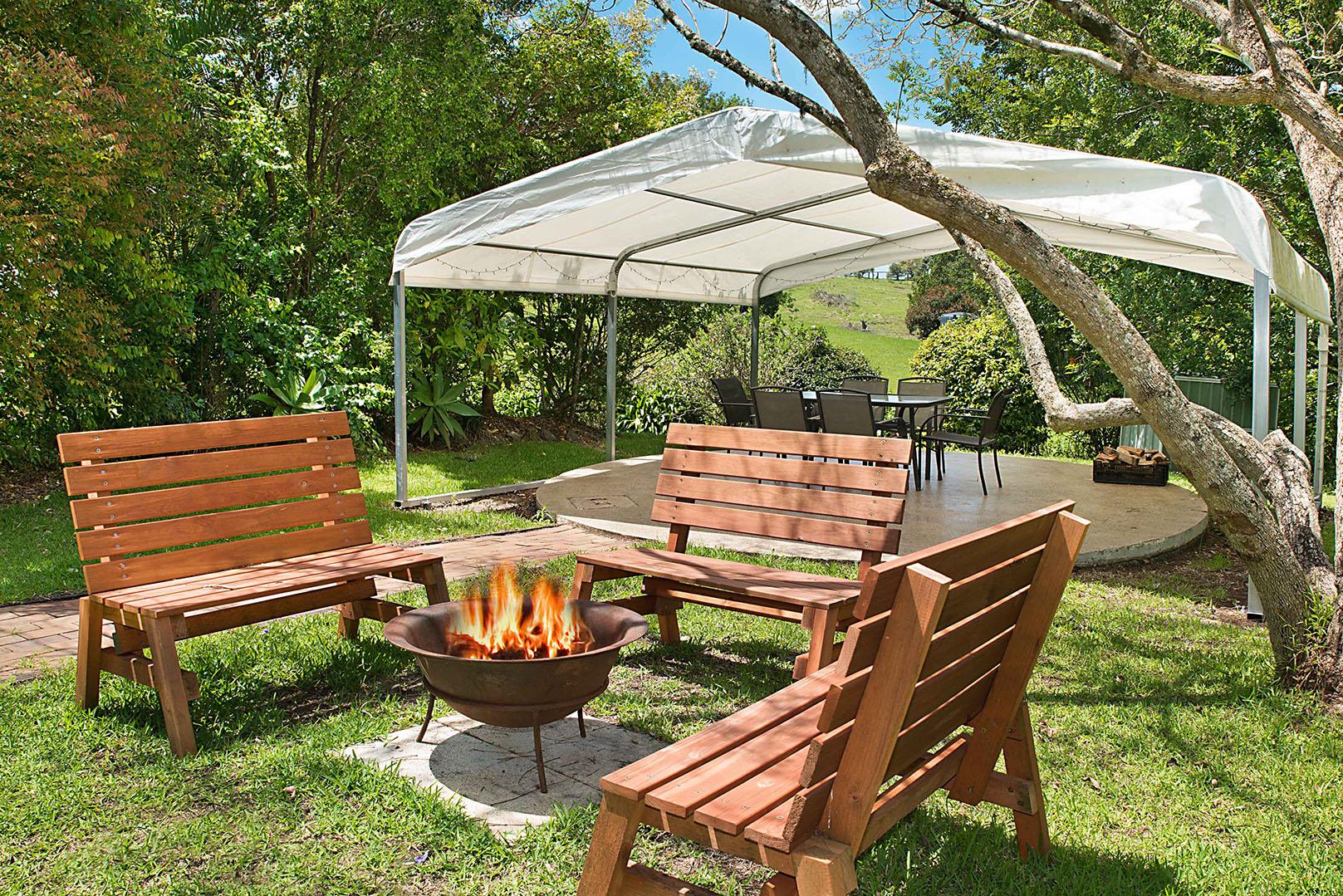 Jacaranda_Cottages_FirePit_Farmhouse