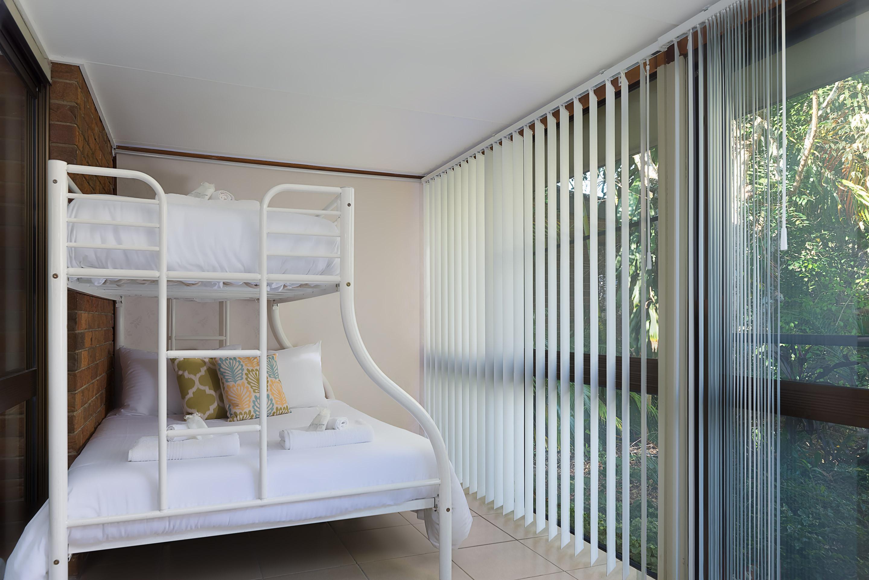 Jacaranda_Cottages_Maleny_Farmhouse_Bedroom_3