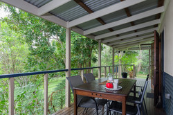 Jacaranda_Cottages_Maleny_Chalet_Deck_2