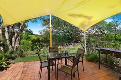 Jacaranda_Cottages_Whipbird_Patio