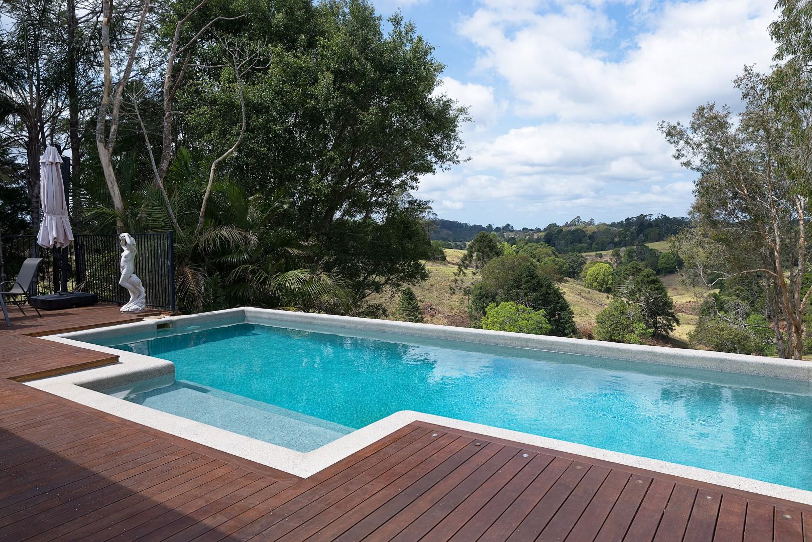 Jacaranda_Cottages_Maleny_Holiday_House_Pool_2