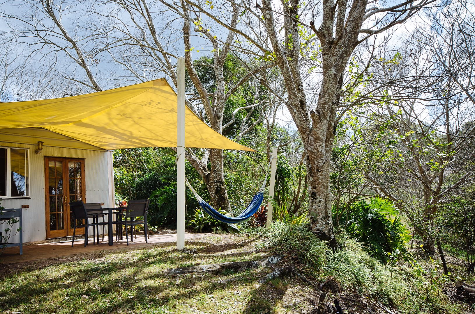 Jacaranda_Cottages_Maleny_Whipbird_Patio_View