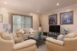 Jacaranda_Cottages_Maleny_Holiday_House_Lounge