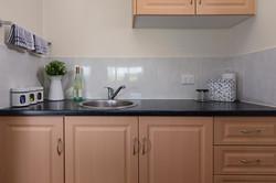 Jacaranda_Cottages_Maleny_Bunya_Kitchen