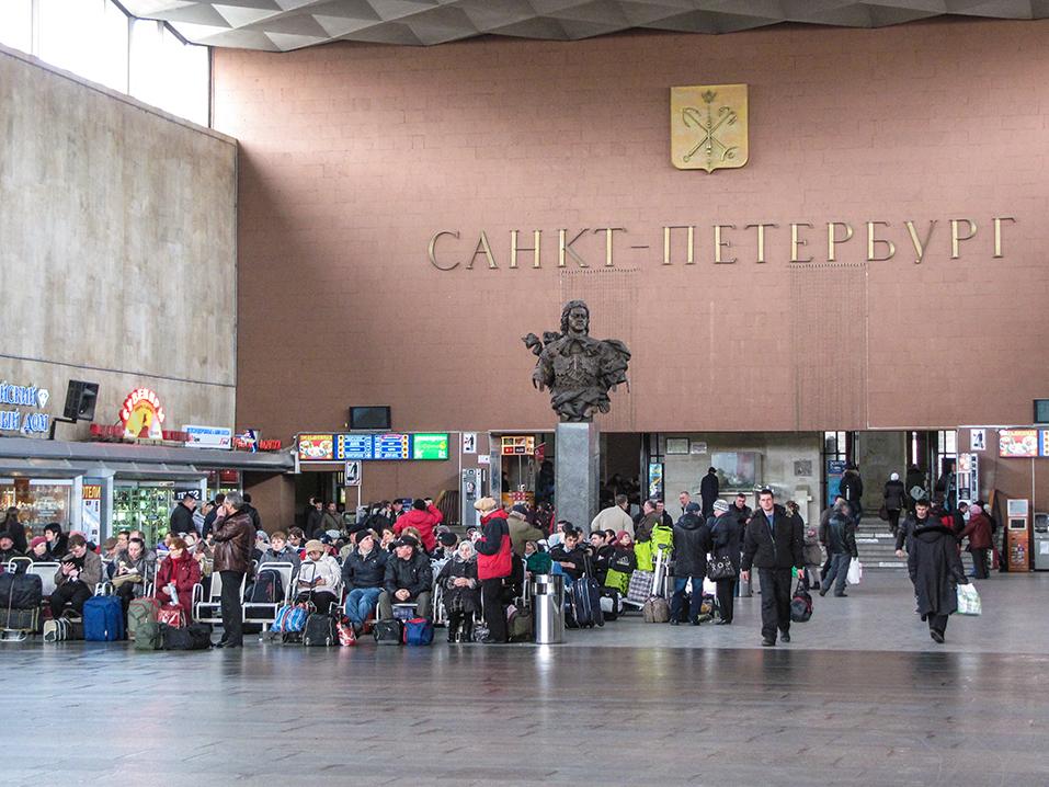 само фото московского вокзала внутри позволяют совершить виртуальную