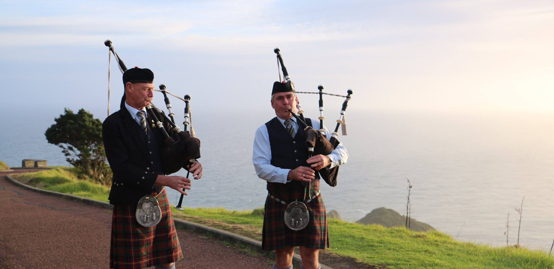 Ex Pipe Major Bain McGregor and NorthCal member Mike Plant